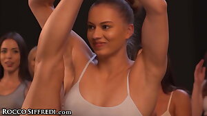 Super-fucking-hot Wet Yoga Class Hook-up With Rebecca Volpetti