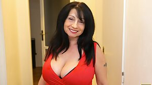 MATURE4K. Woman is old but still wants to fuck so boss steps in