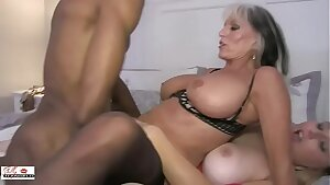 Aunt and Niece Fuck a Big Black Schlong Family sinners Sally D'angelo Harmony California